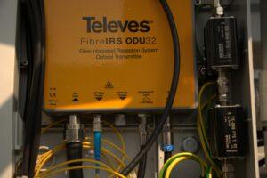 Marriott - Převod R/DAB/TV do optiky k signálu z LNB